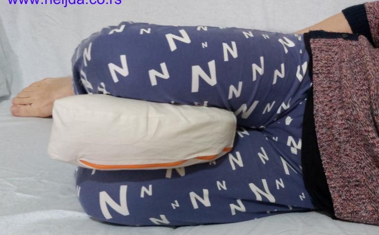 ergonomski jastuk, udoban za kolena, kičmu, kukove