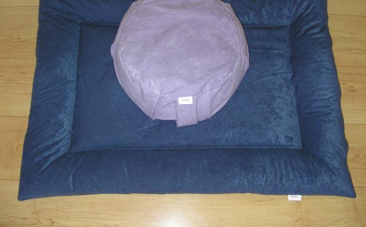 Zafu i zabuton - jastuci za meditaciju