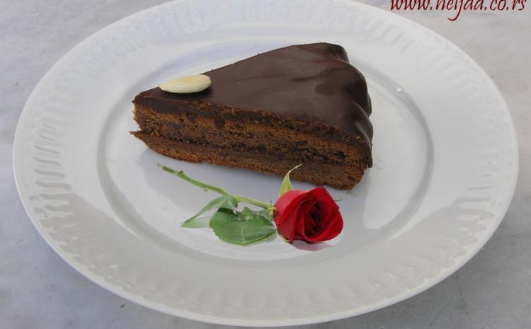 Zdrava Saher torta